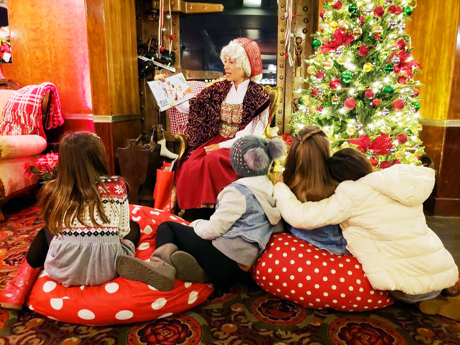 Queen Mary Christmas Storytime with Mrs Clause